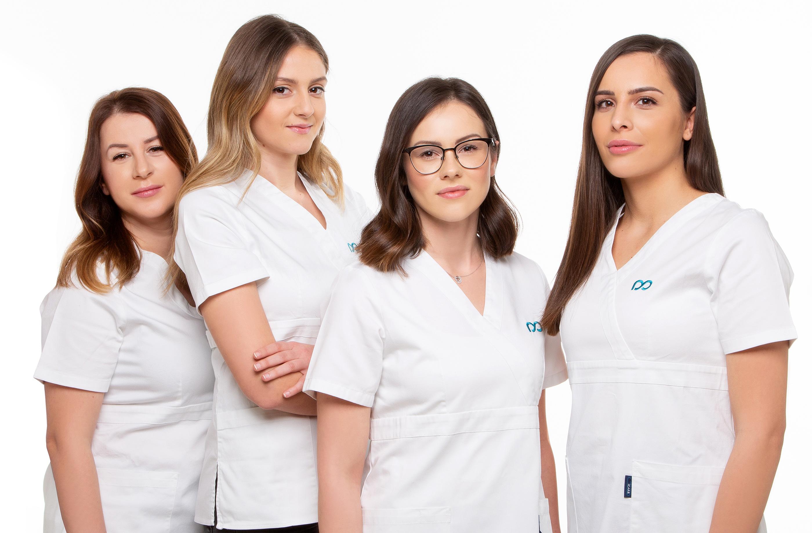 Doktoren Und Krankenschwestern Stockfoto - Bild von praxis
